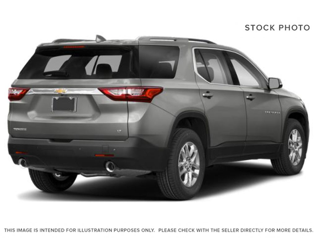White[Iridescent Pearl Tricoat] 2020 Chevrolet Traverse Right Rear Corner Photo in Fort Macleod AB
