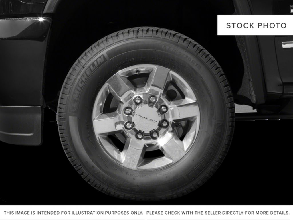 White[Summit White] 2017 GMC Sierra 3500HD Left Front Rim and Tire Photo in Fort Macleod AB