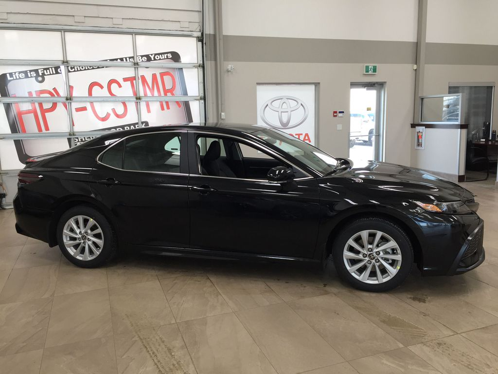 Black[Midnight Black Metallic] 2021 Toyota Camry SE FWD Right Side Photo in Sherwood Park AB