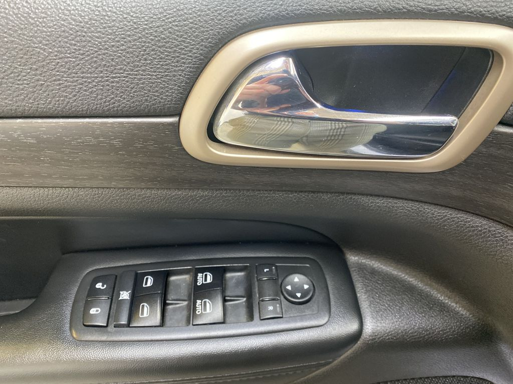 SILVER 2017 Jeep Grand Cherokee Laredo - Backup Camera, Bluetooth, Heated Front Seats  Driver's Side Door Controls Photo in Edmonton AB