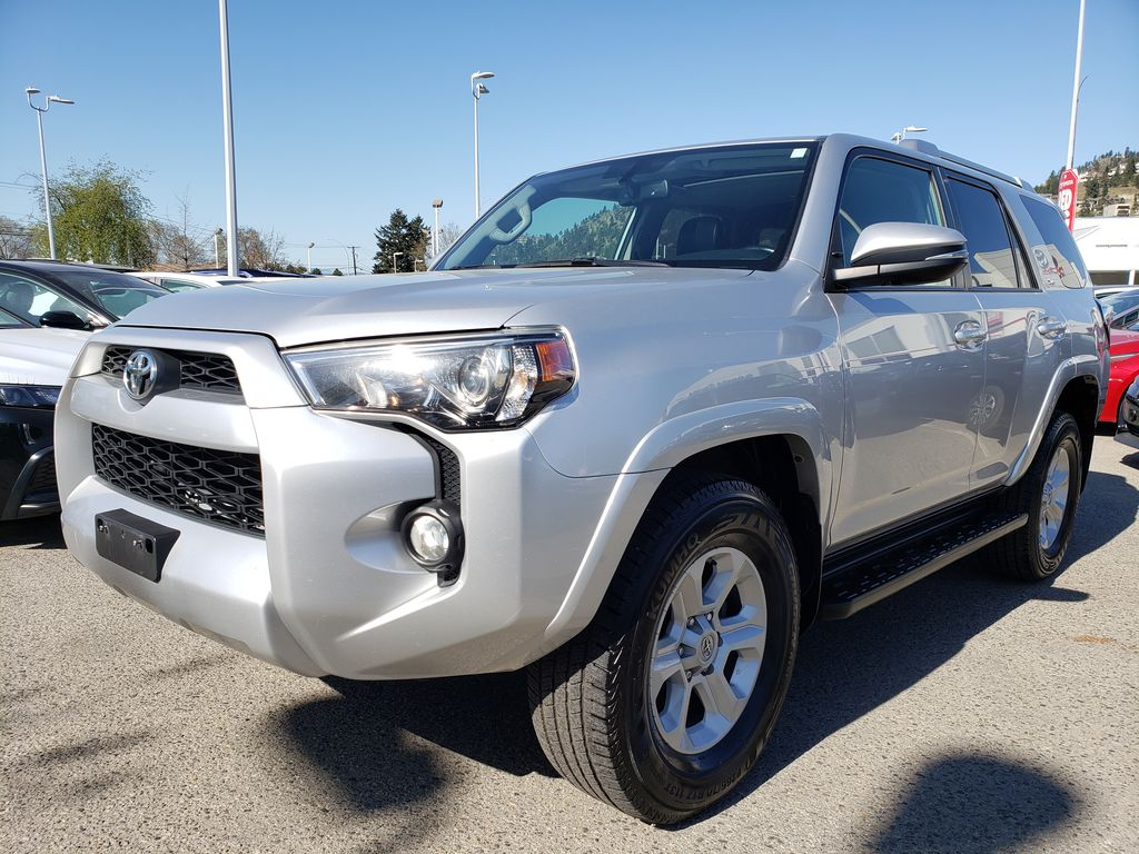 Silver[Classic Silver Metallic] 2016 Toyota 4Runner Left Front Corner Photo in Kelowna BC