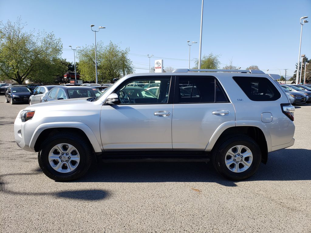 Silver[Classic Silver Metallic] 2016 Toyota 4Runner Left Side Photo in Kelowna BC