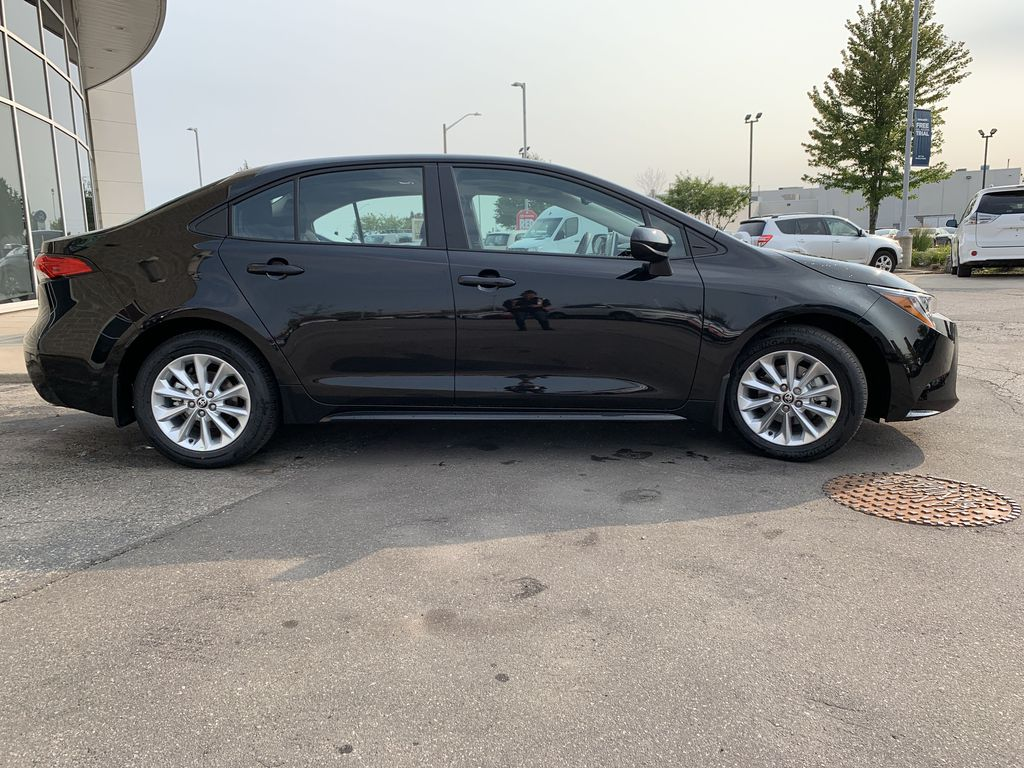 Black[Black Sand Pearl] 2021 Toyota Corolla LE Upgrade Package BPRBLC BM Front Vehicle Photo in Brampton ON
