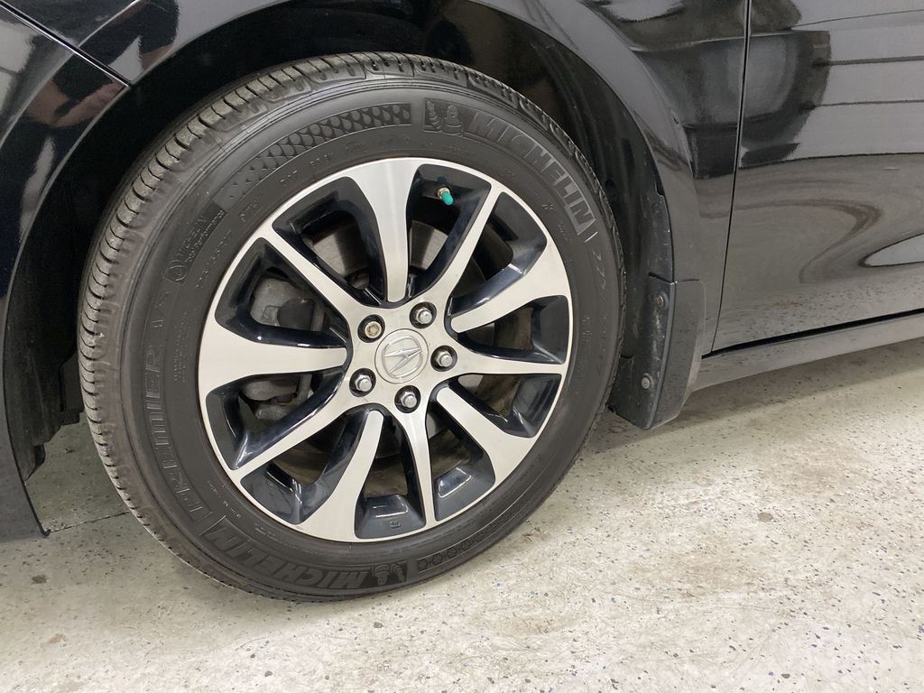 Black[Crystal Black Pearl] 2015 Acura TLX Left Front Rim and Tire Photo in Dartmouth NS