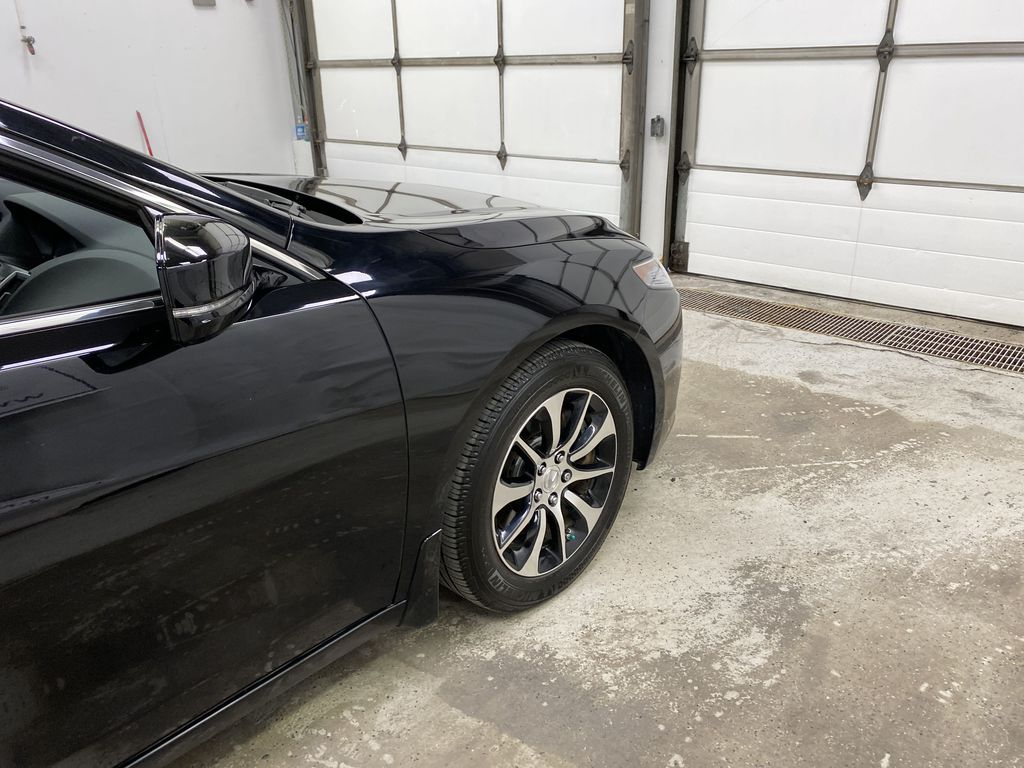 Black[Crystal Black Pearl] 2015 Acura TLX Right Front Corner Photo in Dartmouth NS