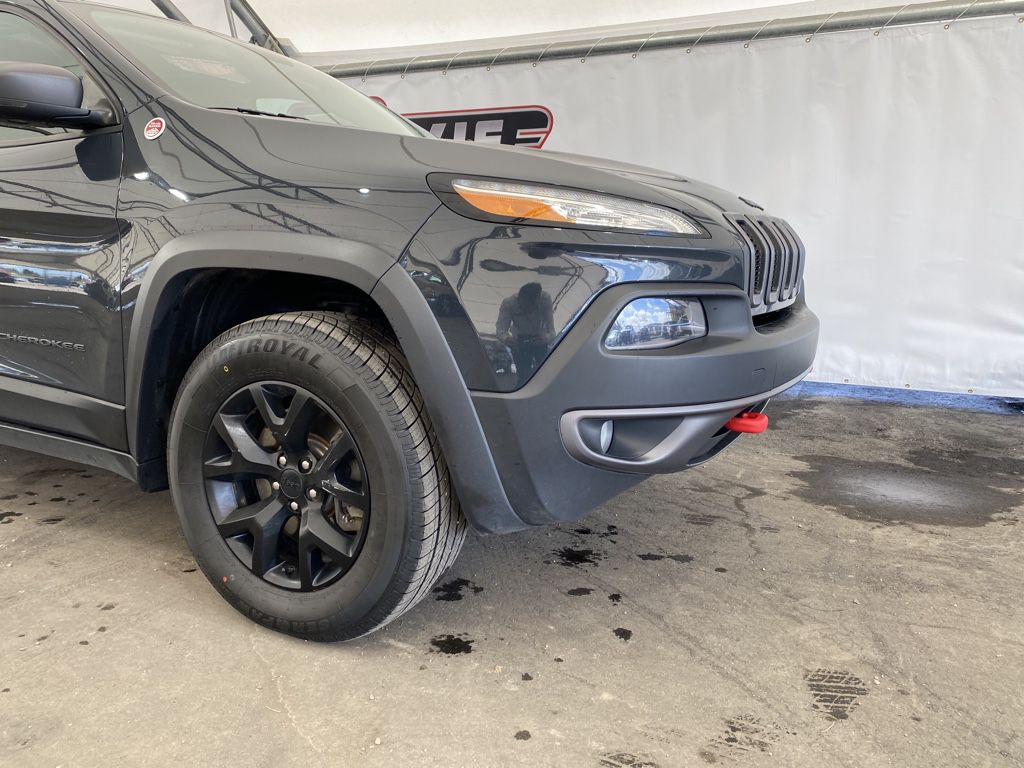 2017 Jeep Cherokee Trim Specific Photo in Airdrie AB