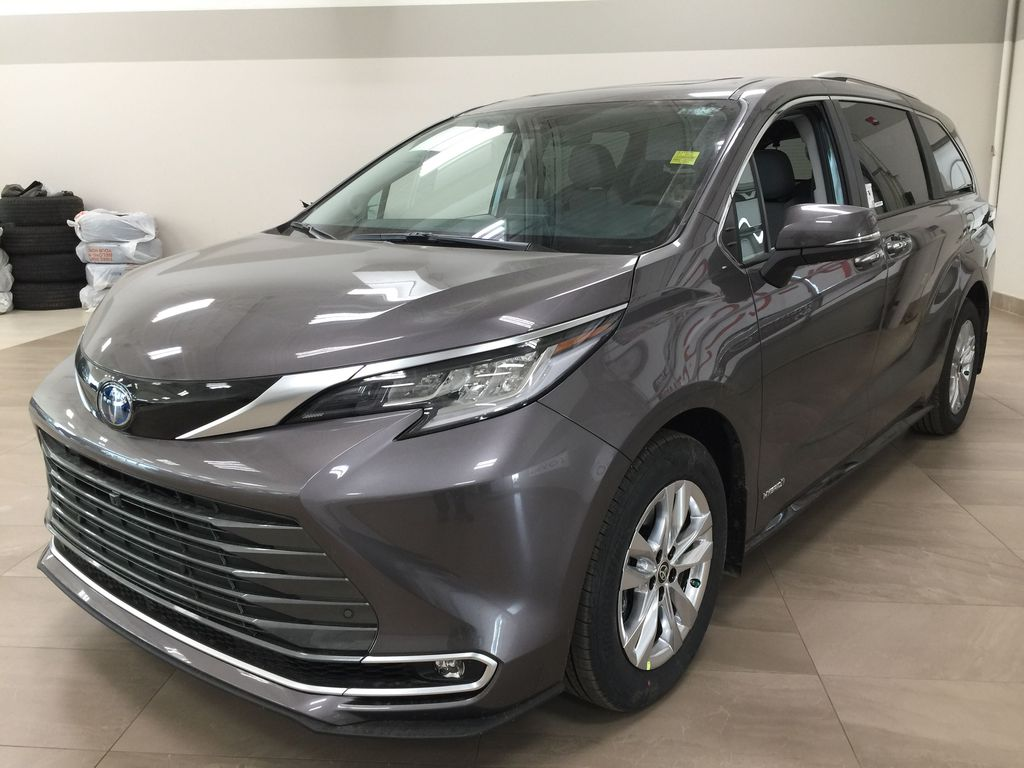 Gray[Pre-Dawn Grey Mica] 2021 Toyota Sienna Limited Hybrid Left Front Corner Photo in Sherwood Park AB