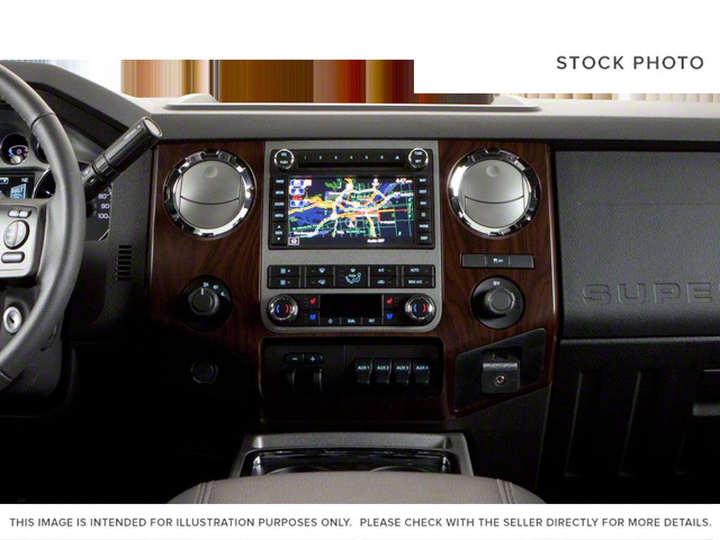 Black[Black] 2011 Ford Super Duty F-250 SRW Central Dash Options Photo in Fort Macleod AB