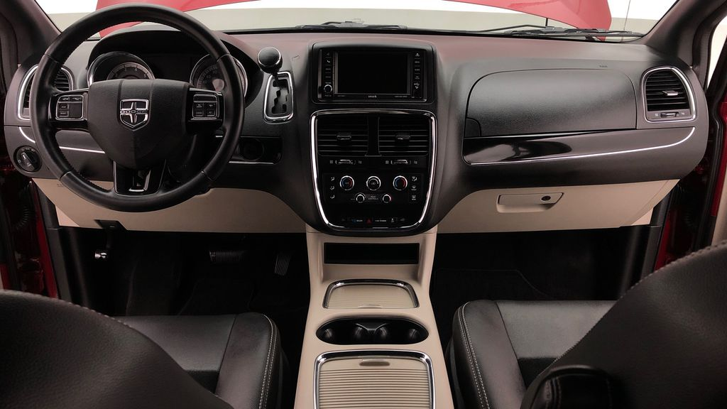 Red[Deep Cherry Red Crystal Pearl] 2015 Dodge Grand Caravan SXT Premium Plus - Leather, Rear DVD Central Dash Options Photo in Winnipeg MB