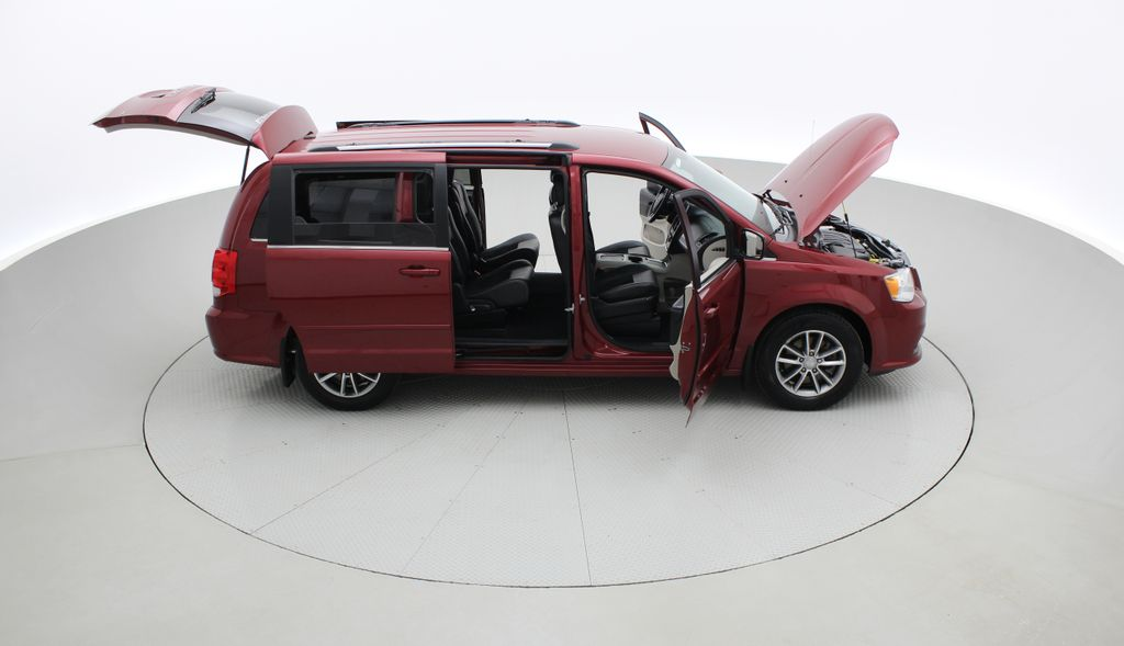 Red[Deep Cherry Red Crystal Pearl] 2015 Dodge Grand Caravan SXT Premium Plus - Leather, Rear DVD Right Side Photo in Winnipeg MB