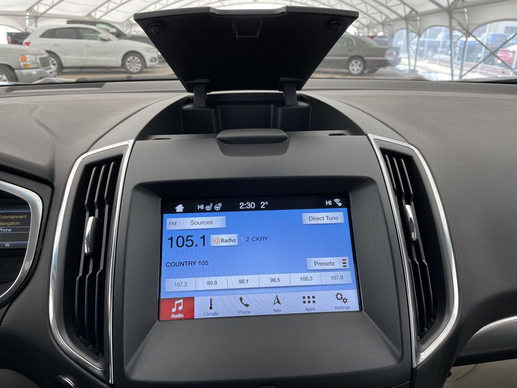 2018 Ford Edge LR Door Panel Ctls Photo in Airdrie AB