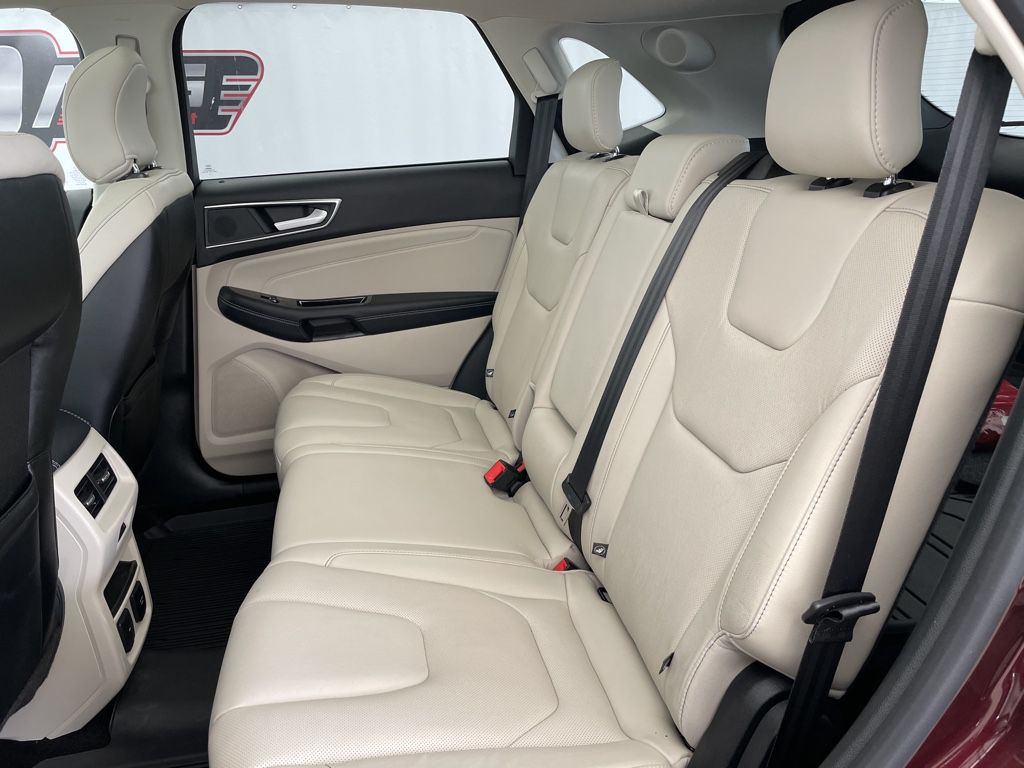 2018 Ford Edge Rear of Vehicle Photo in Airdrie AB