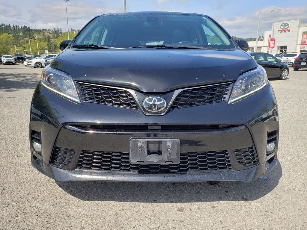 Black 2019 Toyota Sienna Front Vehicle Photo in Kelowna BC
