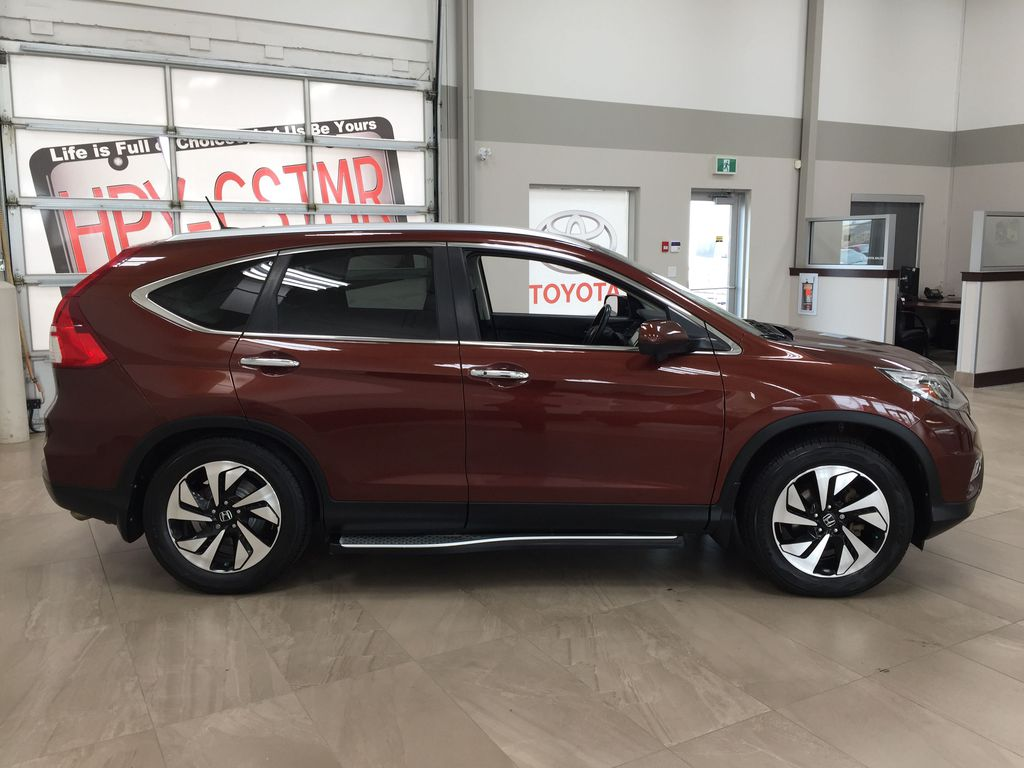 RED 2015 Honda CR-V Touring AWD Right Side Photo in Sherwood Park AB