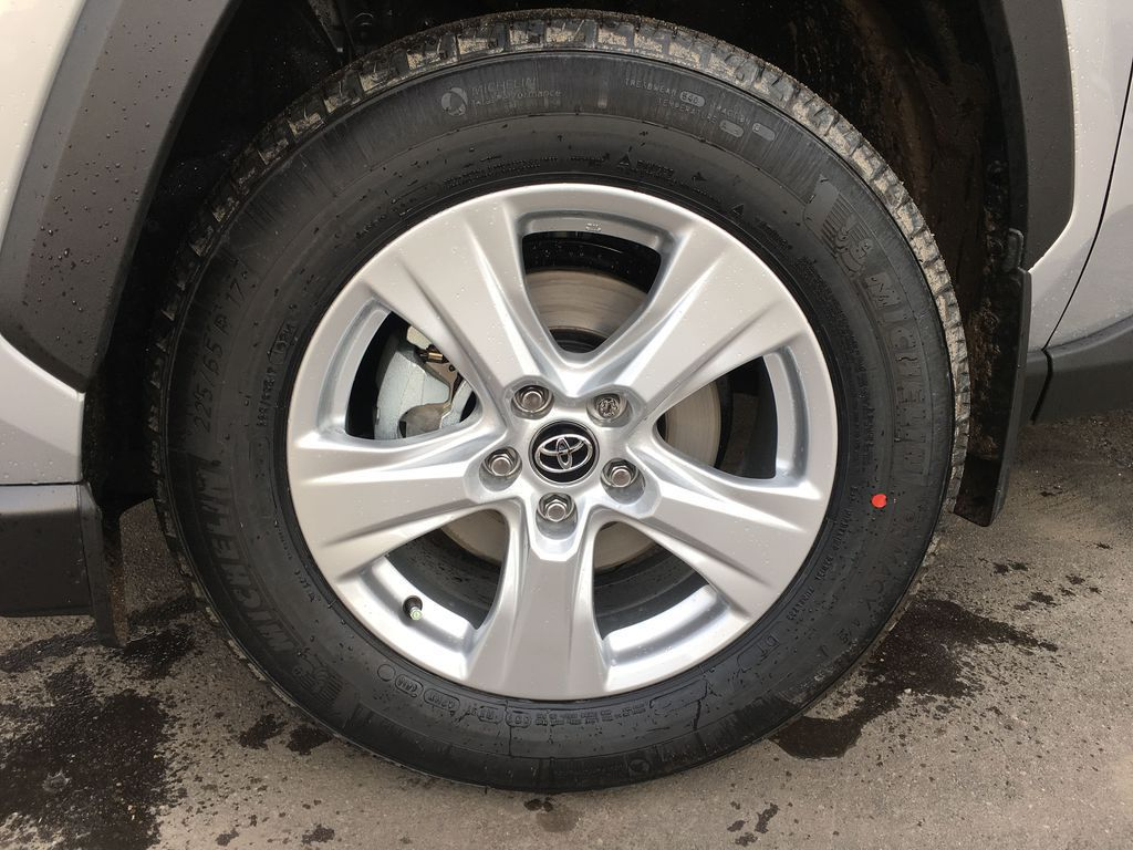 Silver[Silver Sky Metallic] 2021 Toyota RAV4 AWD XLE Standard Package R1RFVT AM Left Front Rim and Tire Photo in Brampton ON