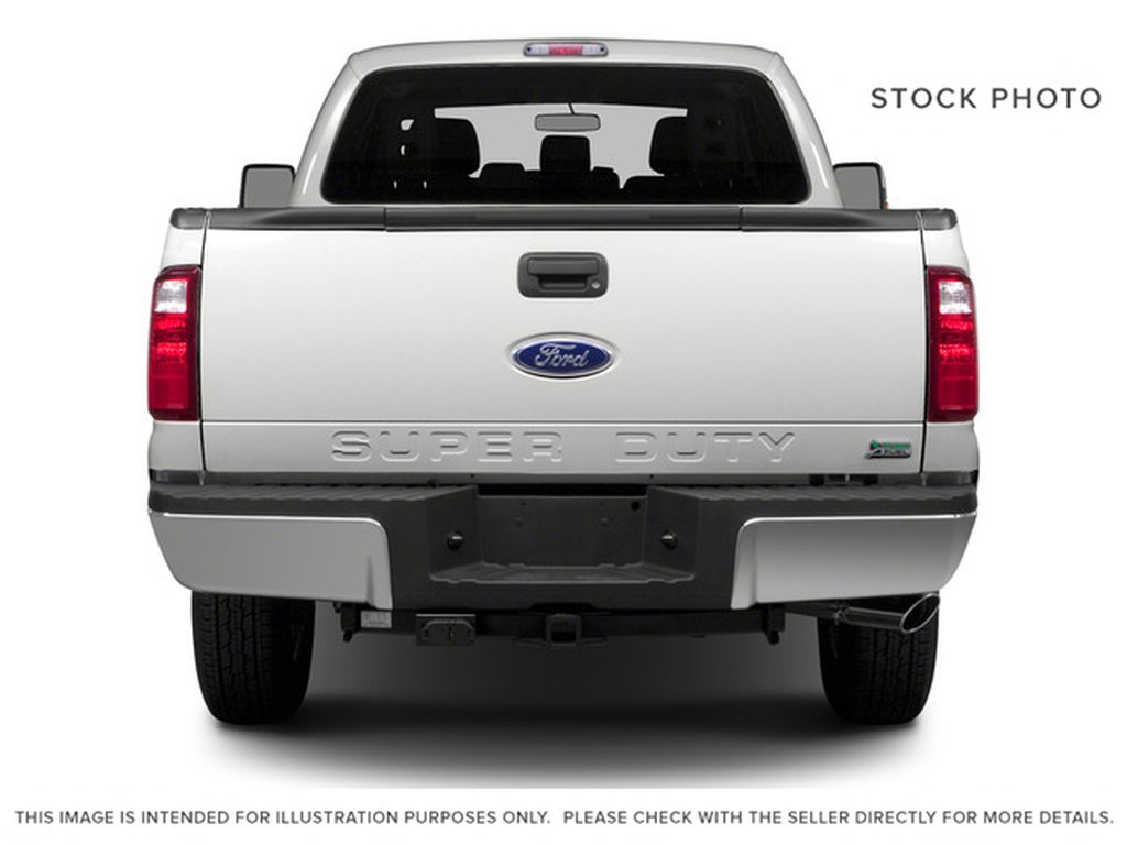 White[Oxford White] 2016 Ford Super Duty F-250 SRW Rear of Vehicle Photo in Fort Macleod AB