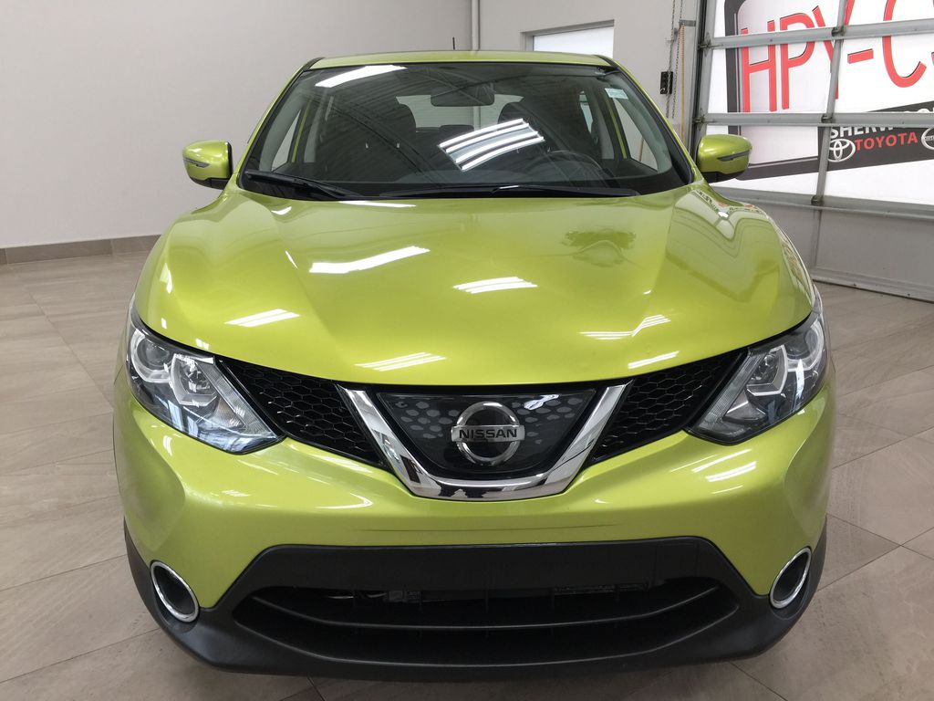 Green[Nitro Lime Metallic] 2018 Nissan Qashqai SV Front Vehicle Photo in Sherwood Park AB