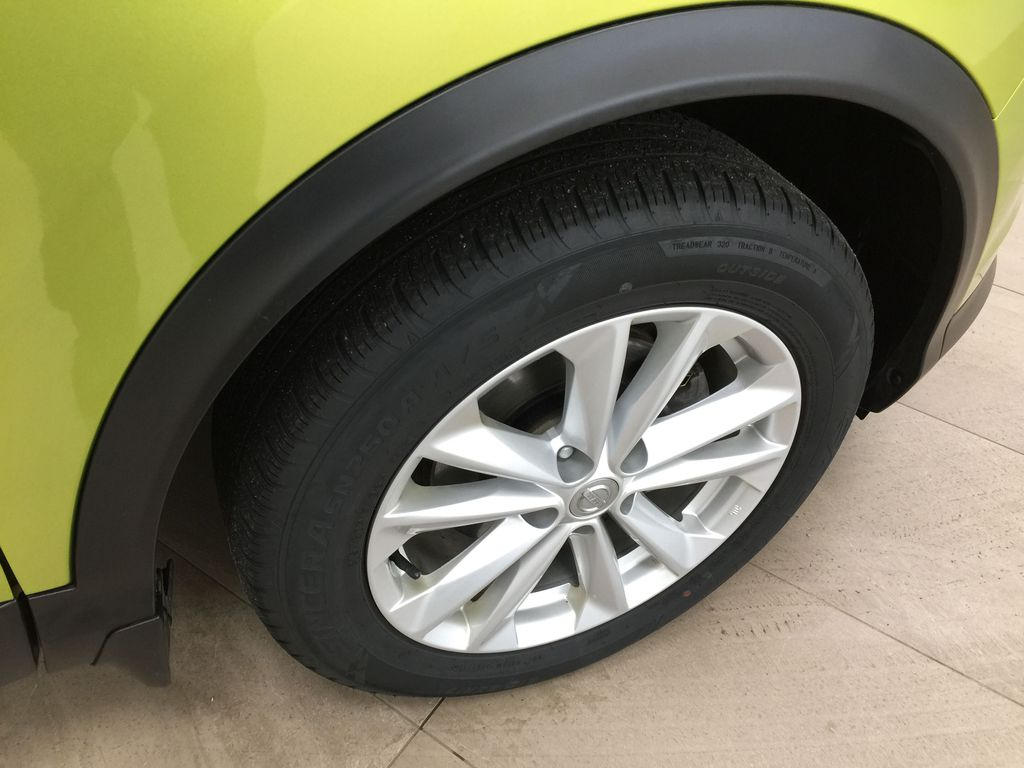 Green[Nitro Lime Metallic] 2018 Nissan Qashqai SV Right Front Rim and Tire Photo in Sherwood Park AB