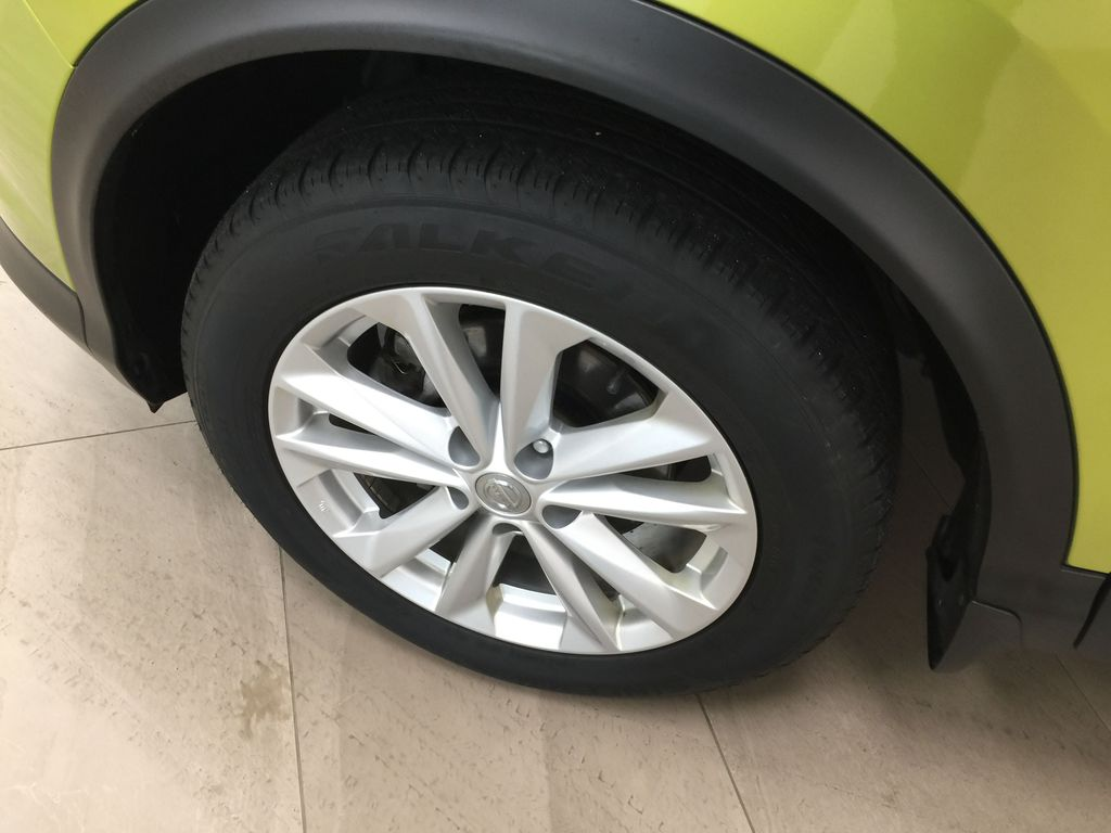 Green[Nitro Lime Metallic] 2018 Nissan Qashqai SV Left Front Rim and Tire Photo in Sherwood Park AB