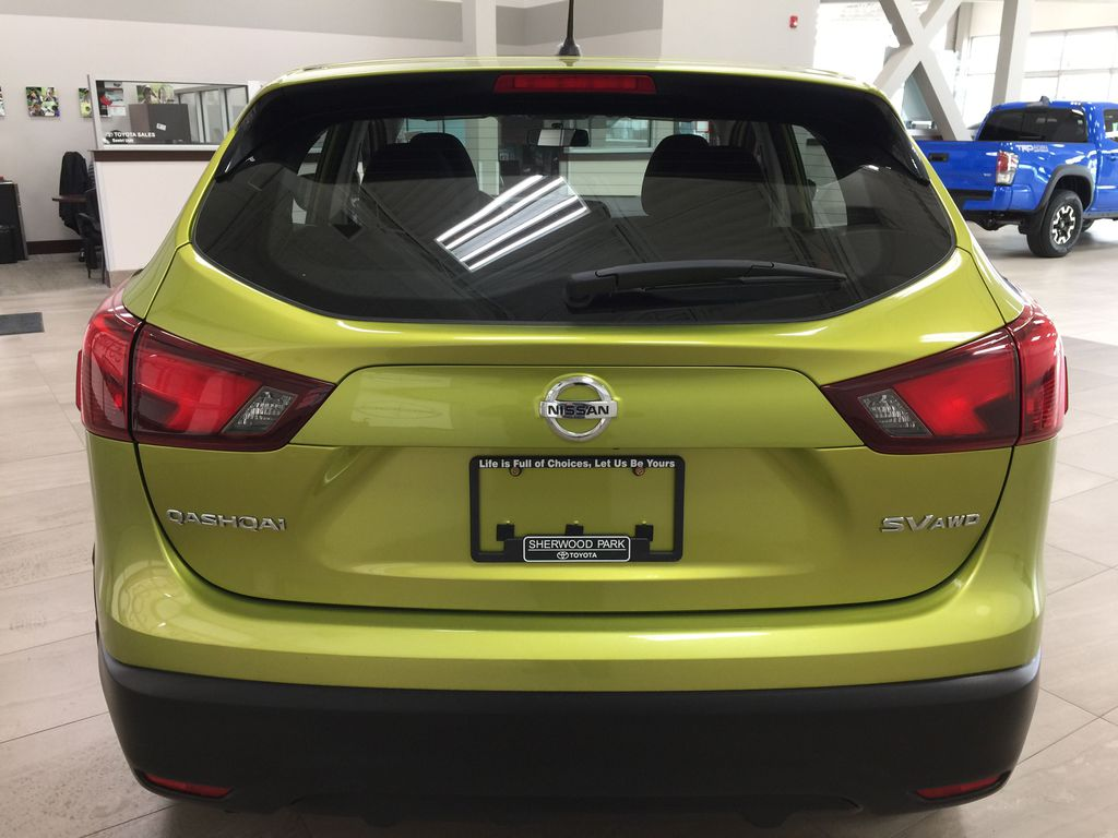 Green[Nitro Lime Metallic] 2018 Nissan Qashqai SV Rear of Vehicle Photo in Sherwood Park AB