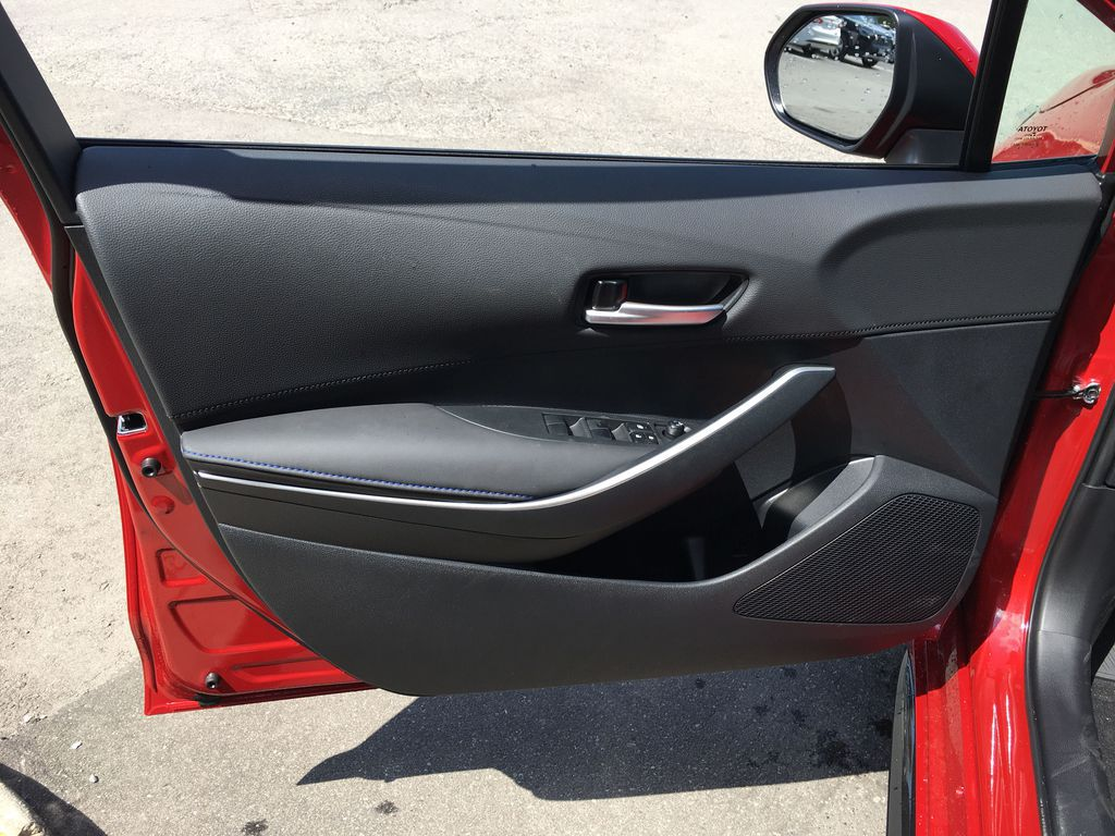 Red[Barcelona Red Metallic] 2021 Toyota Corolla SE Standard Package B4RBSC AM Left Front Rim and Tire Photo in Brampton ON