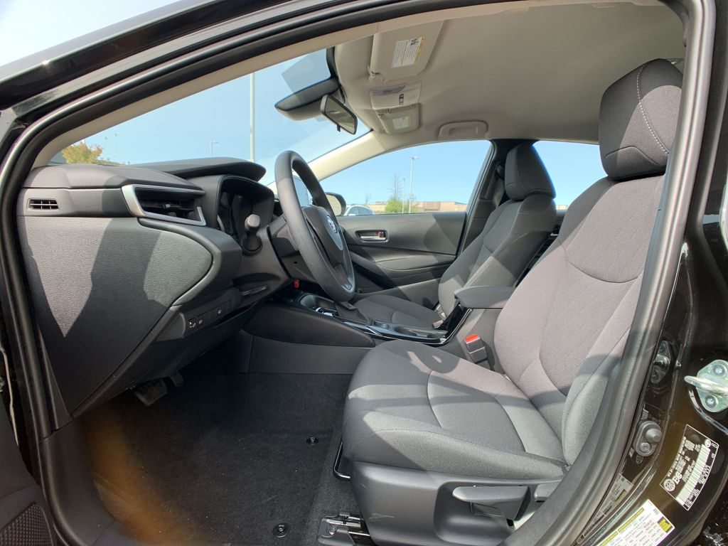 Black[Black Sand Pearl] 2021 Toyota Corolla LE Standard Package BPRBLC AM Central Dash Options Photo in Brampton ON