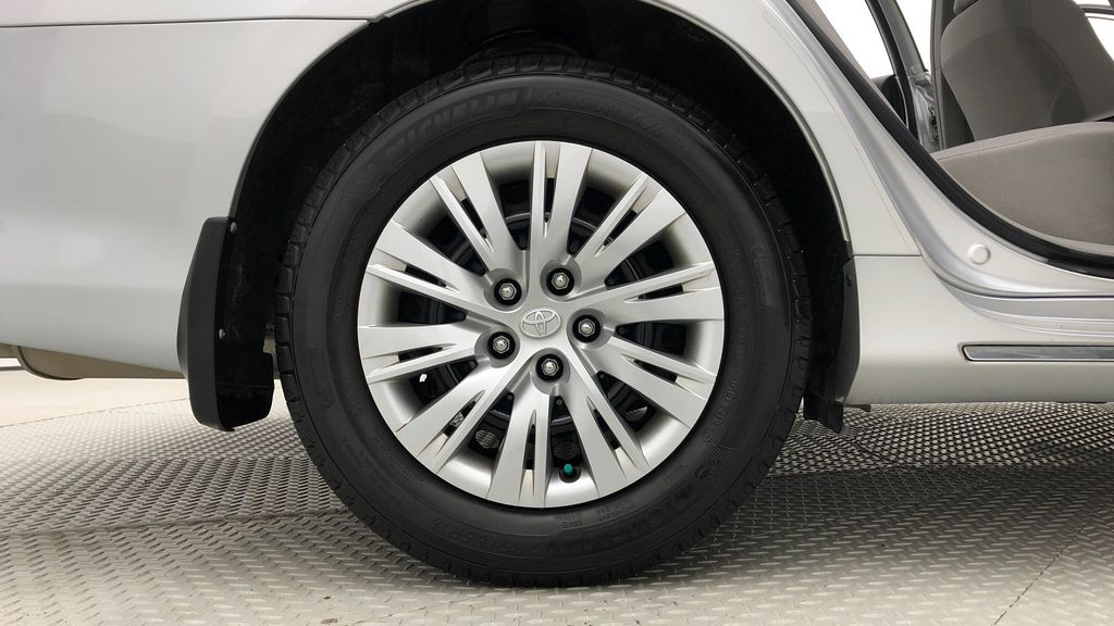 Silver[Classic Silver Metallic] 2012 Toyota Camry LE - Cruise Control, LOW KMs Used Toyota Right Rear Rim and Tire Photo in Winnipeg MB