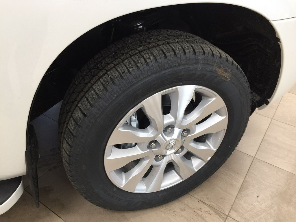White[Blizzard Pearl] 2021 Toyota Sequoia Platinum Right Front Rim and Tire Photo in Sherwood Park AB