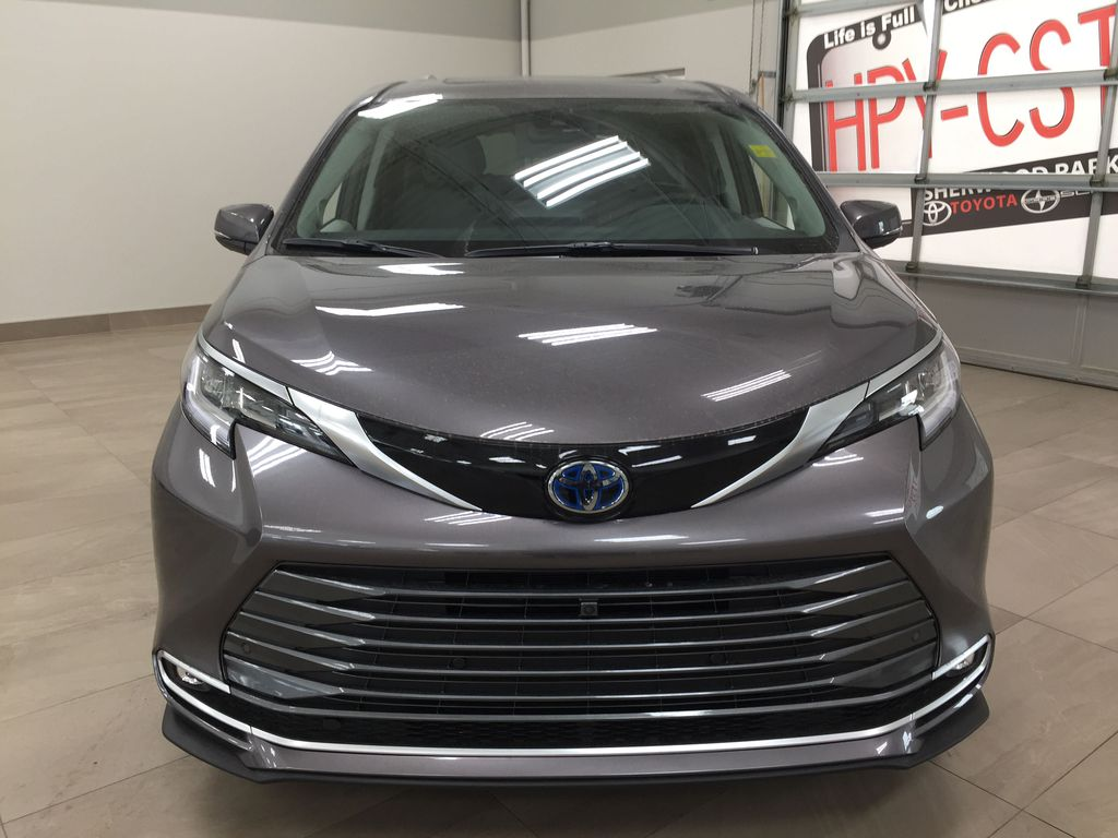 Gray[Pre-Dawn Grey Mica] 2021 Toyota Sienna Limited Hybrid AWD Front Vehicle Photo in Sherwood Park AB