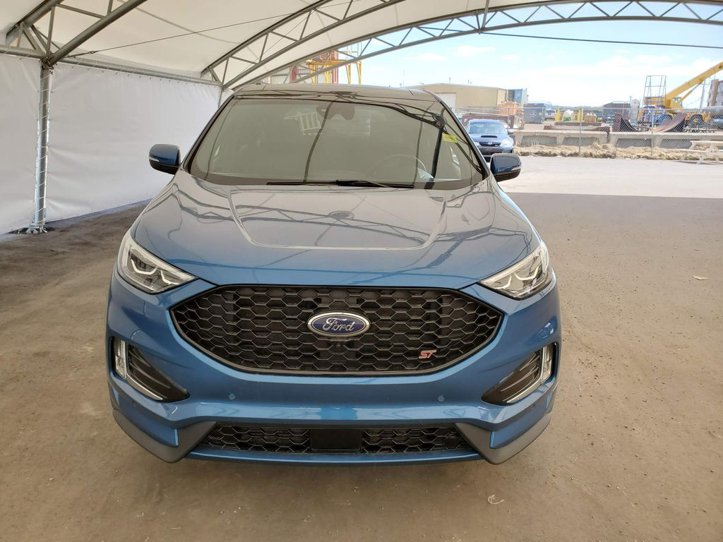 2019 Ford Edge Left Front Corner Photo in Airdrie AB
