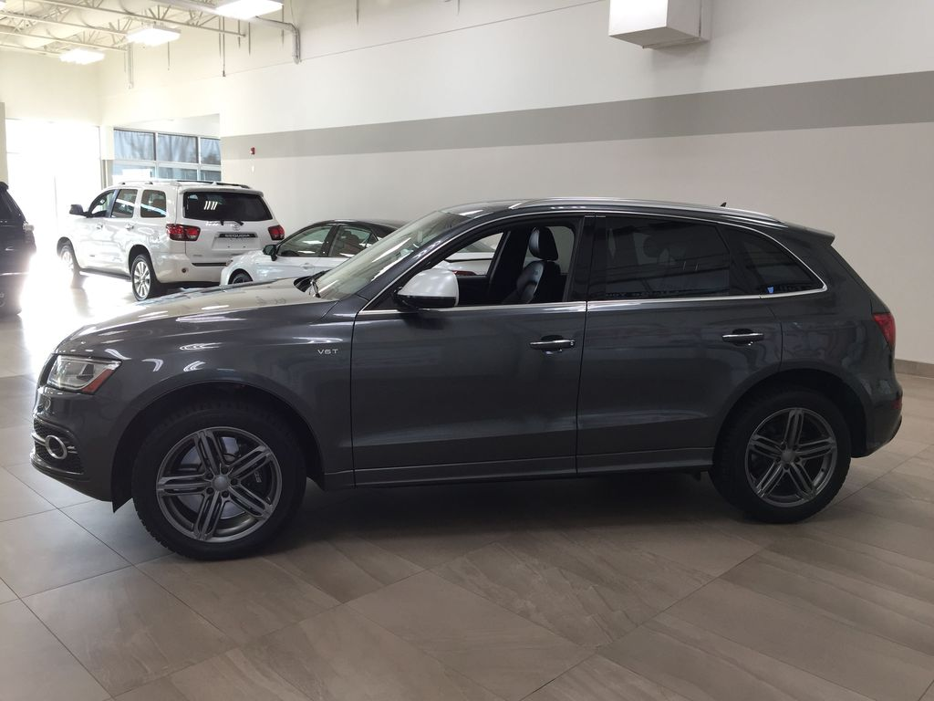 Silver[Cuvee Silver Metallic] 2015 Audi SQ5 / RARE / LOW KMS Left Side Photo in Sherwood Park AB