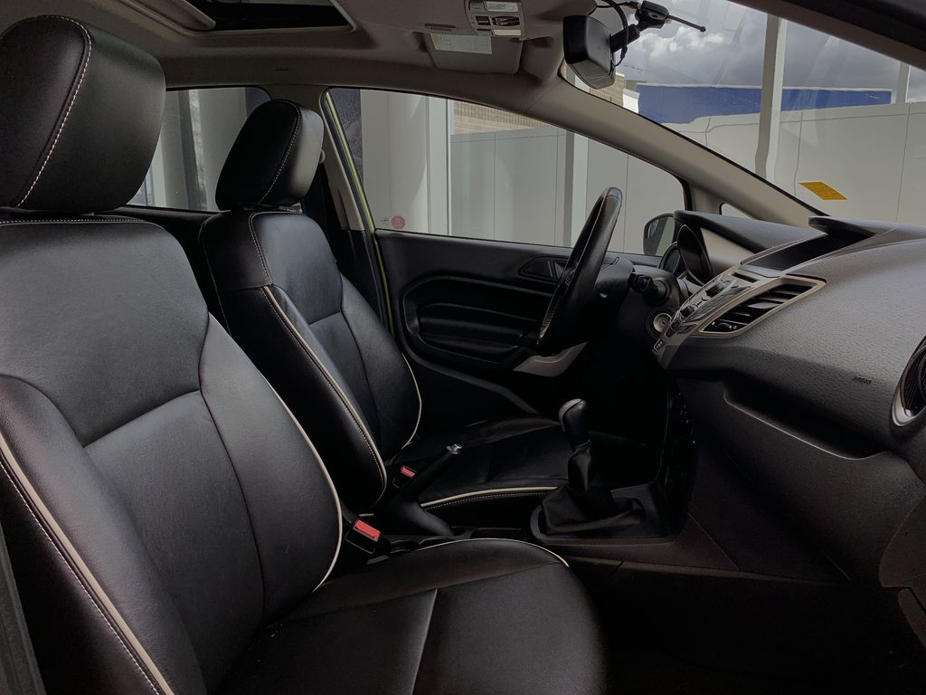 Green[Lime Squeeze Metallic] 2011 Ford Fiesta Right Side Front Seat  Photo in Edmonton AB