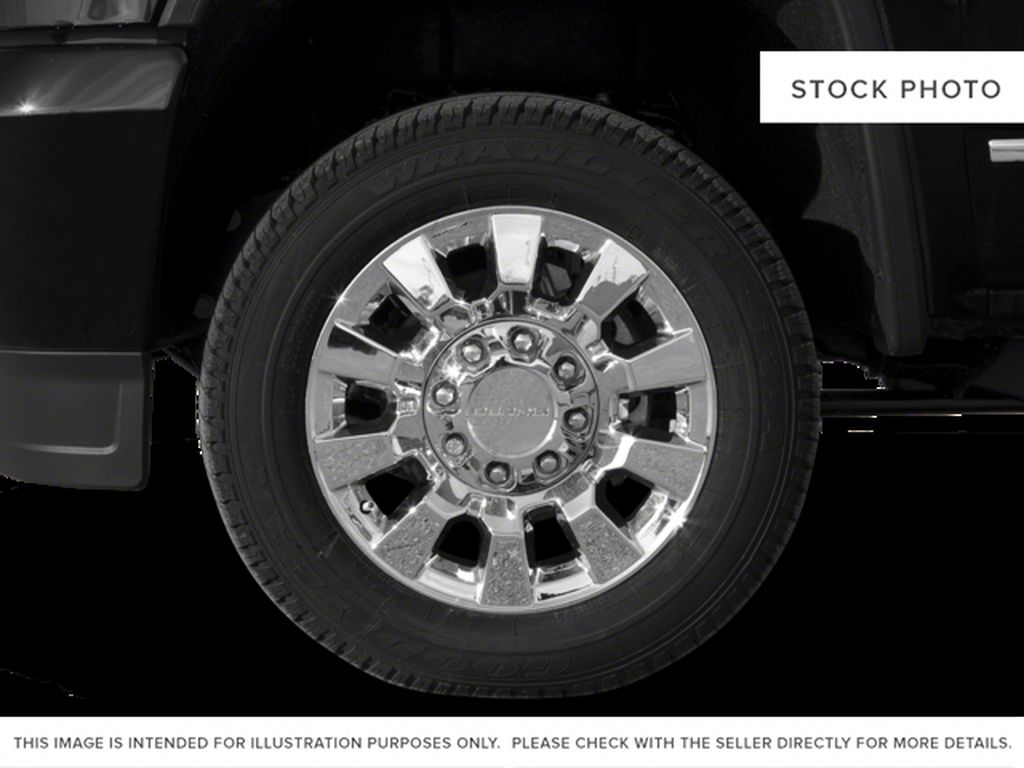 Black[Onyx Black] 2018 GMC Sierra 2500HD Left Front Rim and Tire Photo in Fort Macleod AB