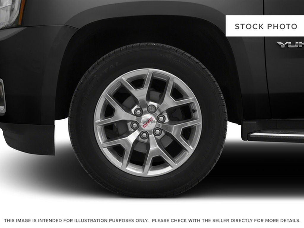 Black[Onyx Black] 2015 GMC Yukon XL Left Front Rim and Tire Photo in Fort Macleod AB