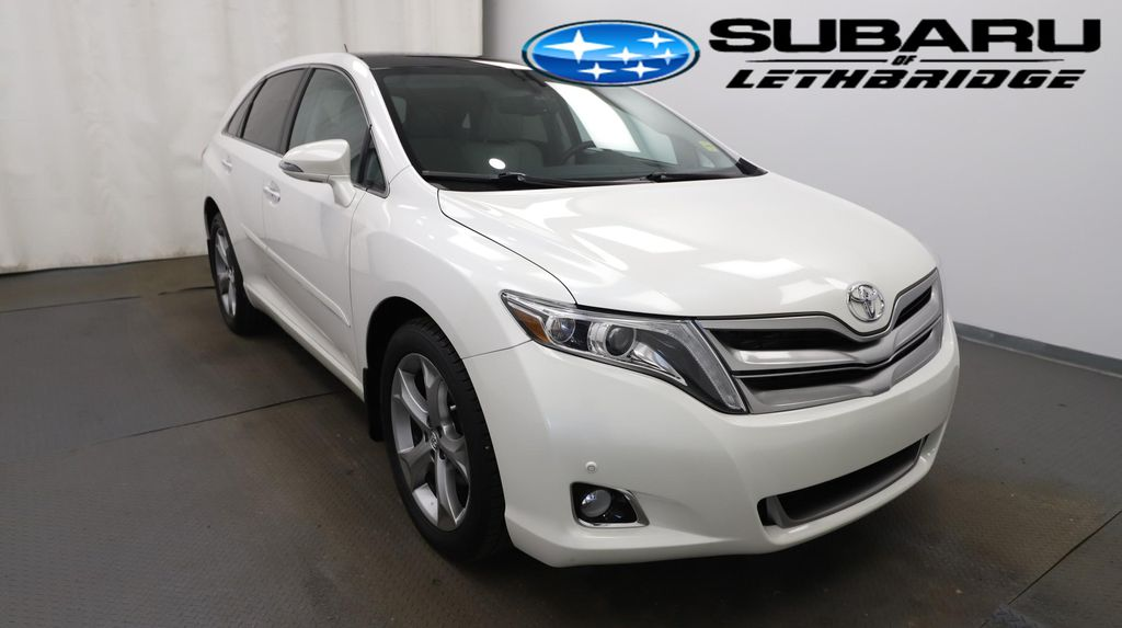 White 2014 Toyota Venza Left Front Head Light / Bumper and Grill in Lethbridge AB