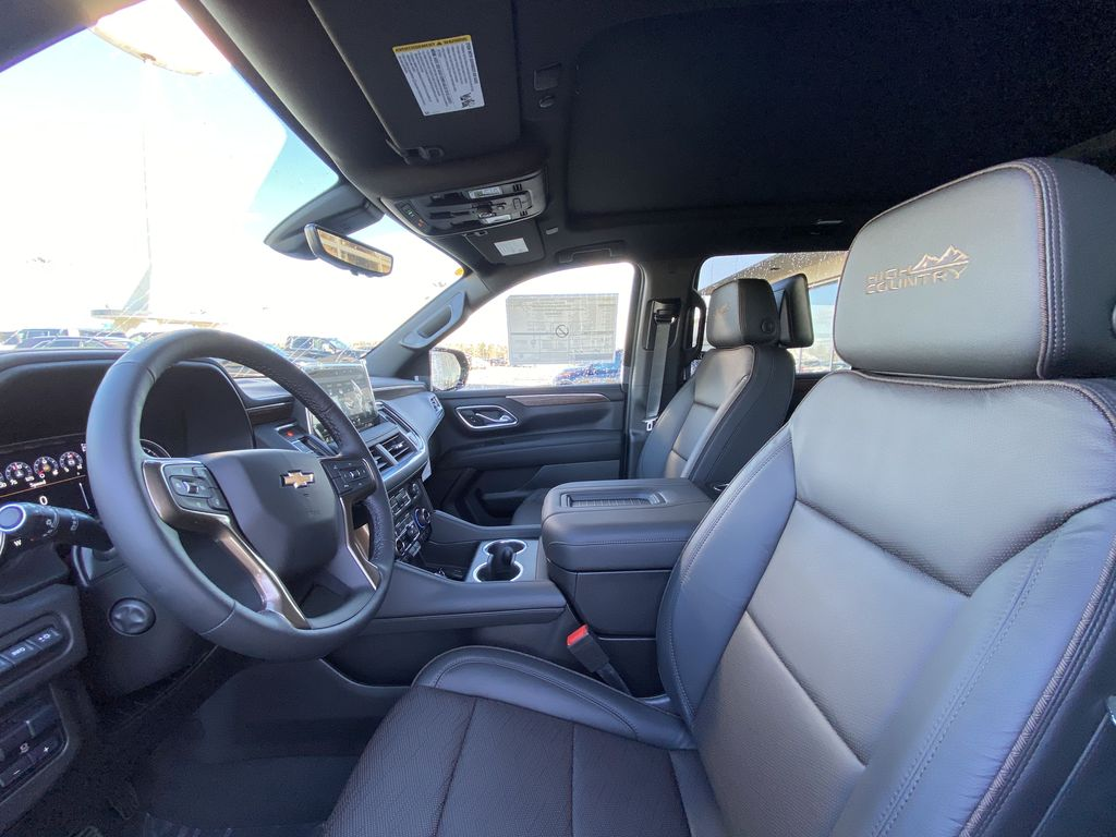 Black[Black] 2021 Chevrolet Suburban High Country Left Front Interior Photo in Calgary AB