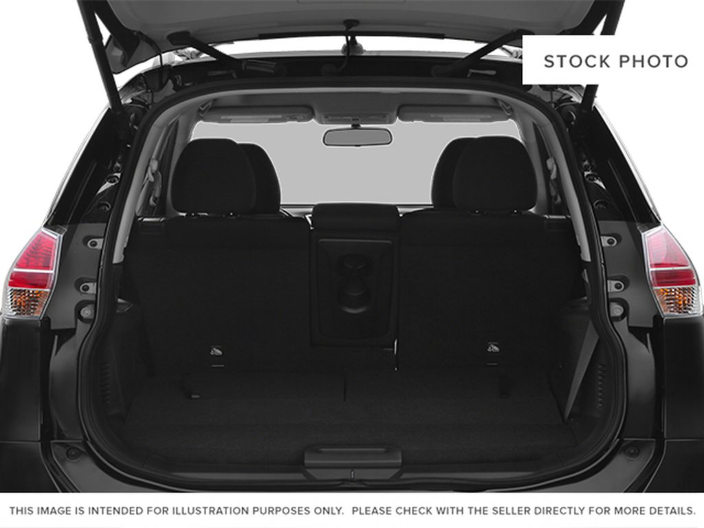 White[Moonlight White Pearl] 2014 Nissan Rogue Trunk / Cargo Area Photo in Fort Macleod AB
