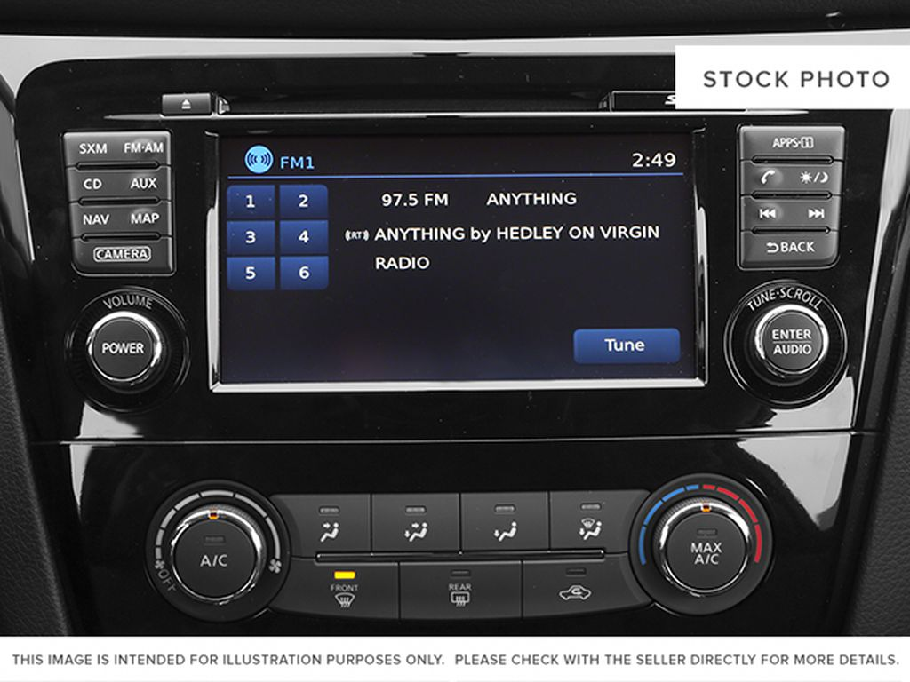 White[Moonlight White Pearl] 2014 Nissan Rogue Radio Controls Closeup Photo in Fort Macleod AB