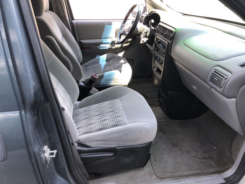 Blue[Blue Granite Metallic] 2005 Chevrolet Venture Right Side Front Seat  Photo in Canmore AB