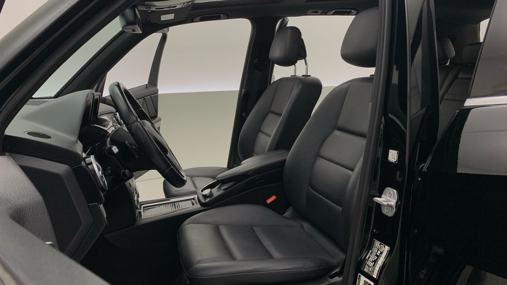 Black[Black] 2015 Mercedes-Benz GLK-Class - DIESEL, Panoramic Roof, Leather Left Front Interior Photo in Winnipeg MB