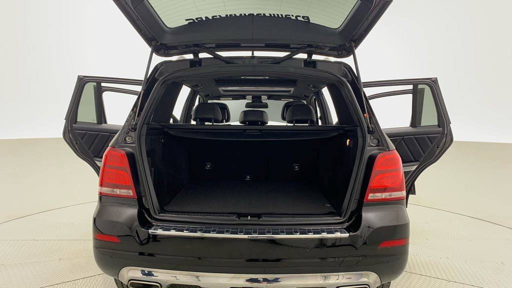 Black[Black] 2015 Mercedes-Benz GLK-Class - DIESEL, Panoramic Roof, Leather Trunk / Cargo Area Photo in Winnipeg MB