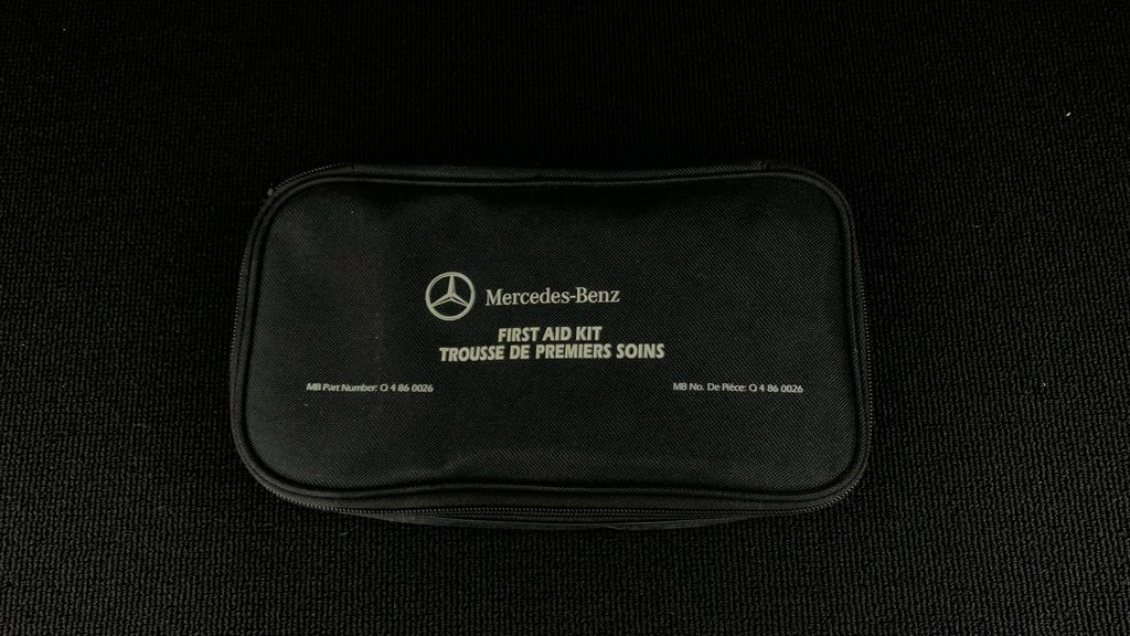 Black[Black] 2015 Mercedes-Benz GLK-Class - DIESEL, Panoramic Roof, Leather Third Row Seat or Additional  Photo in Winnipeg MB