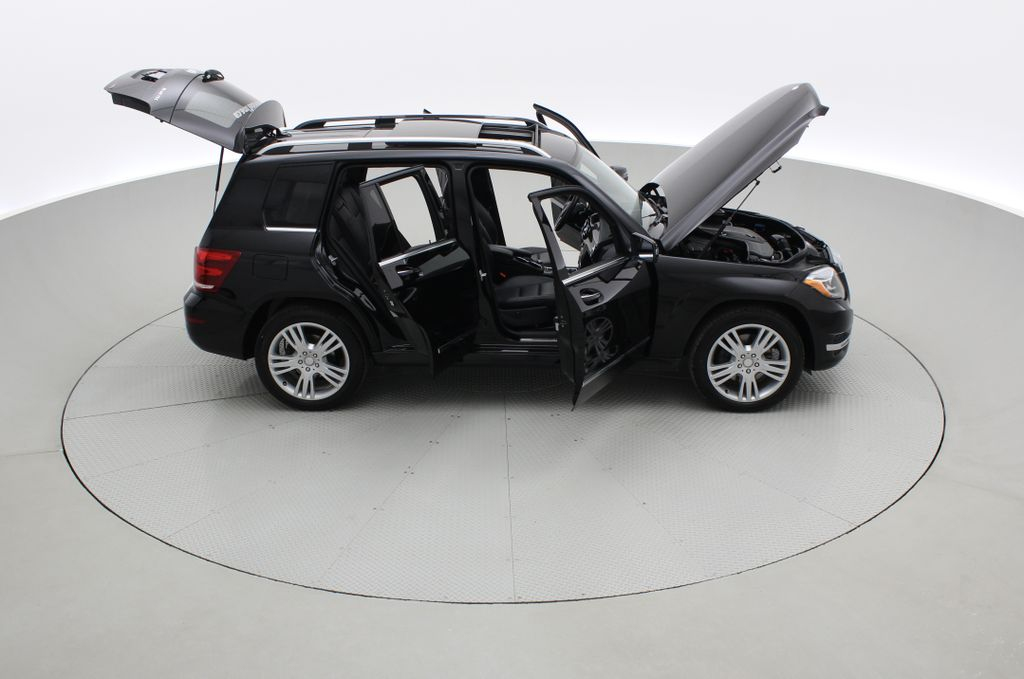 Black[Black] 2015 Mercedes-Benz GLK-Class - DIESEL, Panoramic Roof, Leather Right Side Photo in Winnipeg MB