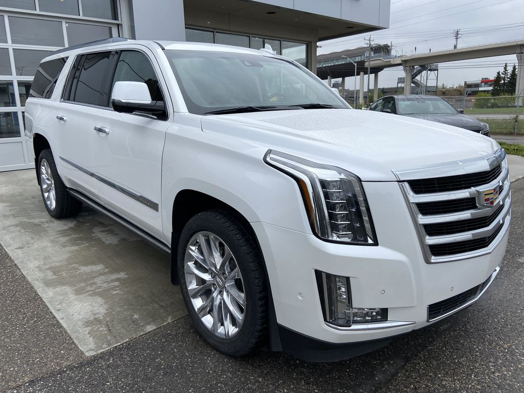 White[Crystal White Tricoat] 2019 Cadillac Escalade ESV Right Front Corner Photo in Calgary AB