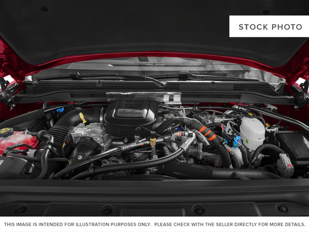 2015 GMC Sierra 2500HD Engine Compartment Photo in Fort Macleod AB