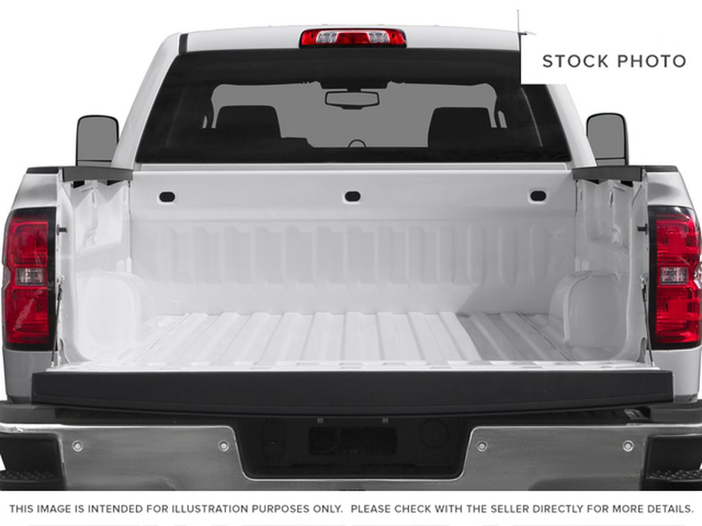 White[Summit White] 2015 Chevrolet Silverado 2500HD Built After Aug 14 Trunk / Cargo Area Photo in Fort Macleod AB