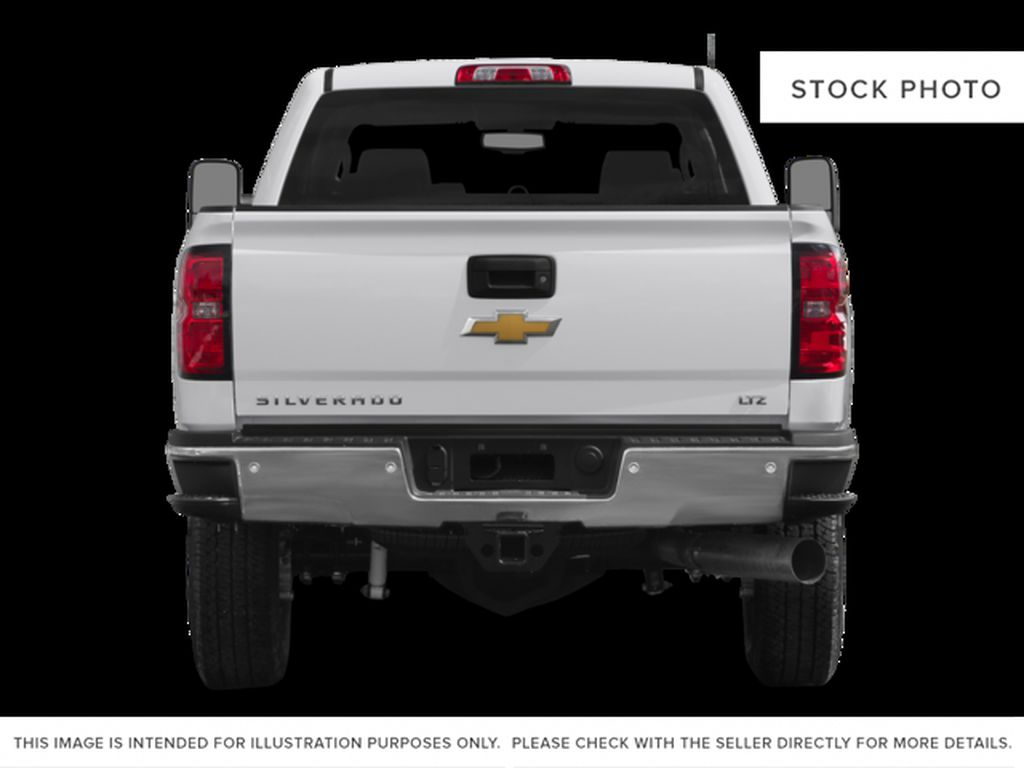 White[Summit White] 2015 Chevrolet Silverado 2500HD Built After Aug 14 Rear of Vehicle Photo in Fort Macleod AB