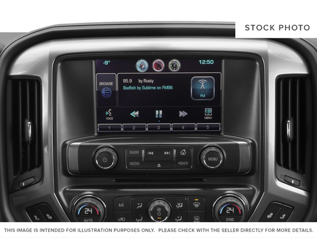 White[Summit White] 2015 Chevrolet Silverado 2500HD Built After Aug 14 Radio Controls Closeup Photo in Fort Macleod AB