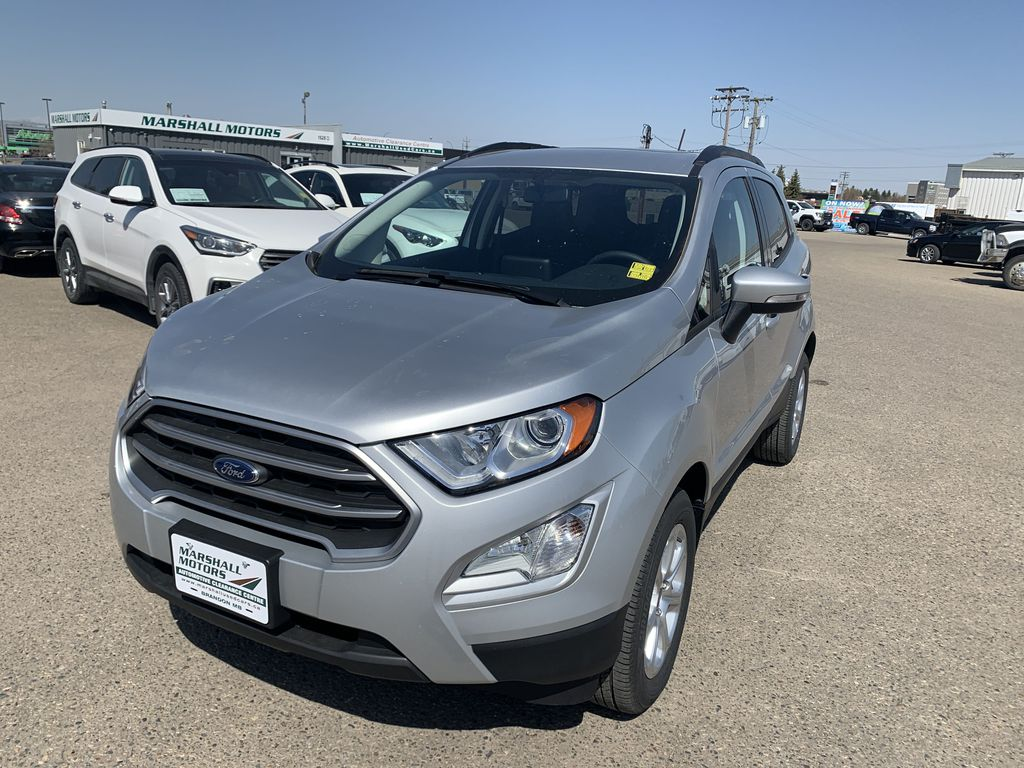 Silver[Moondust Silver Metallic] 2020 Ford EcoSport Left Front Head Light / Bumper and Grill in Brandon MB