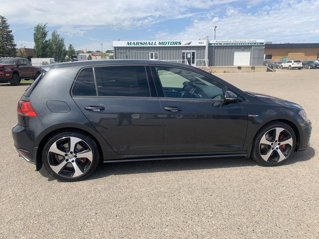 Gray[Carbon Steel Metallic] 2015 Volkswagen Golf GTI 5dr HB Man Performance *210HP!* *Turbocharged* Right Side Photo in Brandon MB